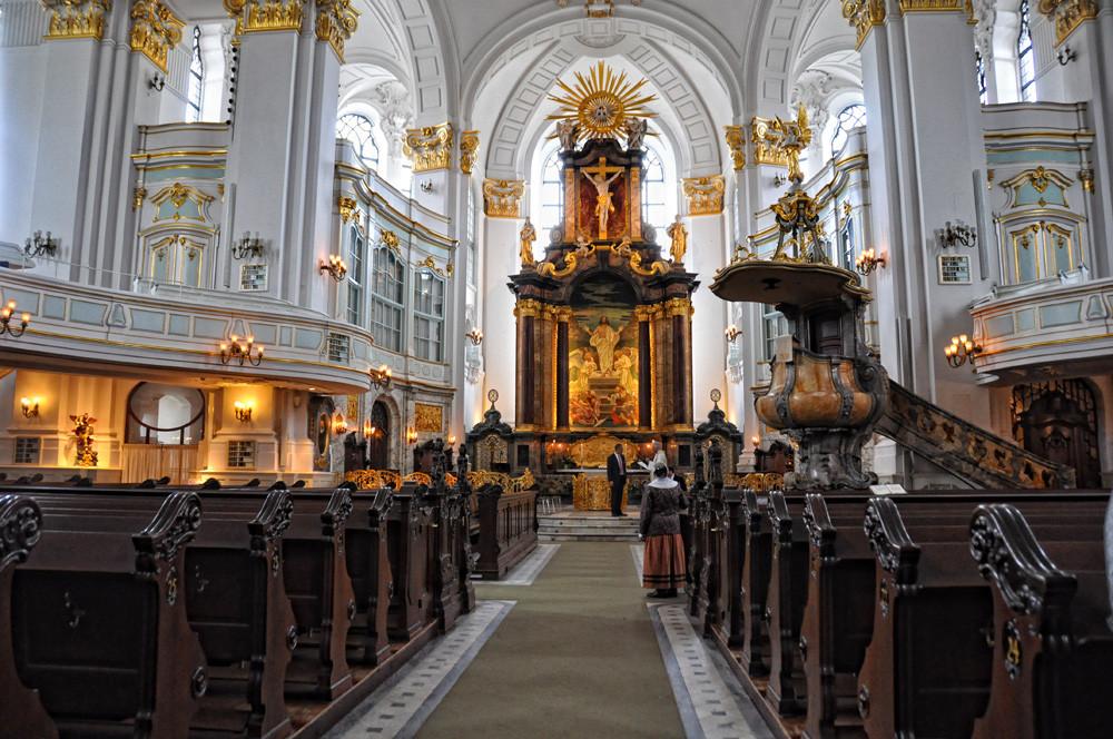 St.Michaelis Kirche innen.