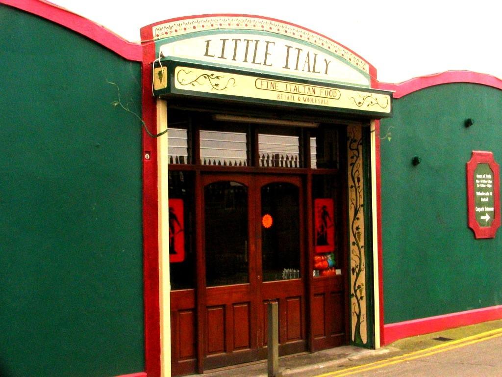 Italian Shop, facade. Smithfield. Dublin. Irland 2007