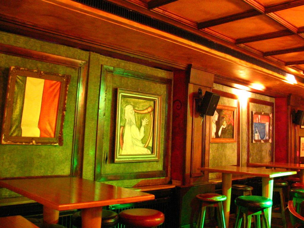 Irish painitngs on canvas. Düsseldorf. Germany