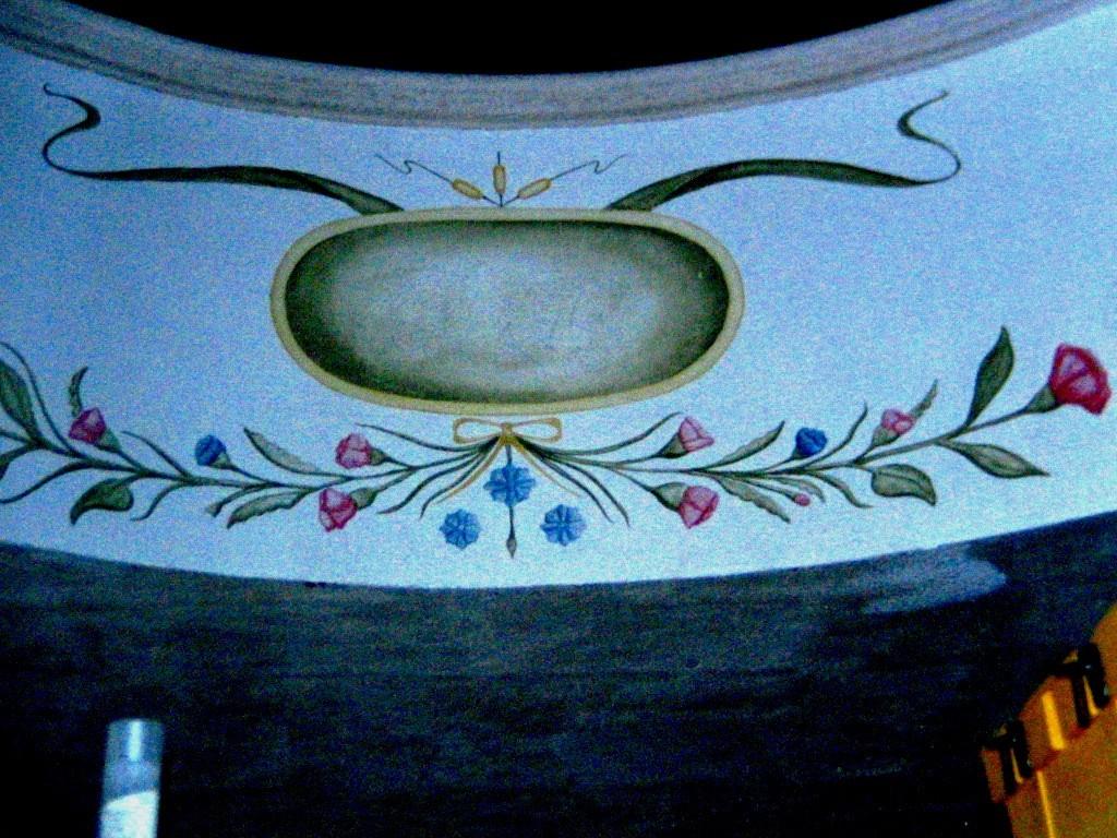 Corniza pintada. Acrilico. Merida. Yucatan. Mexico 2000