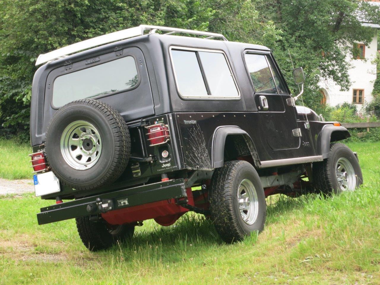 Jeep CJ8 (2)