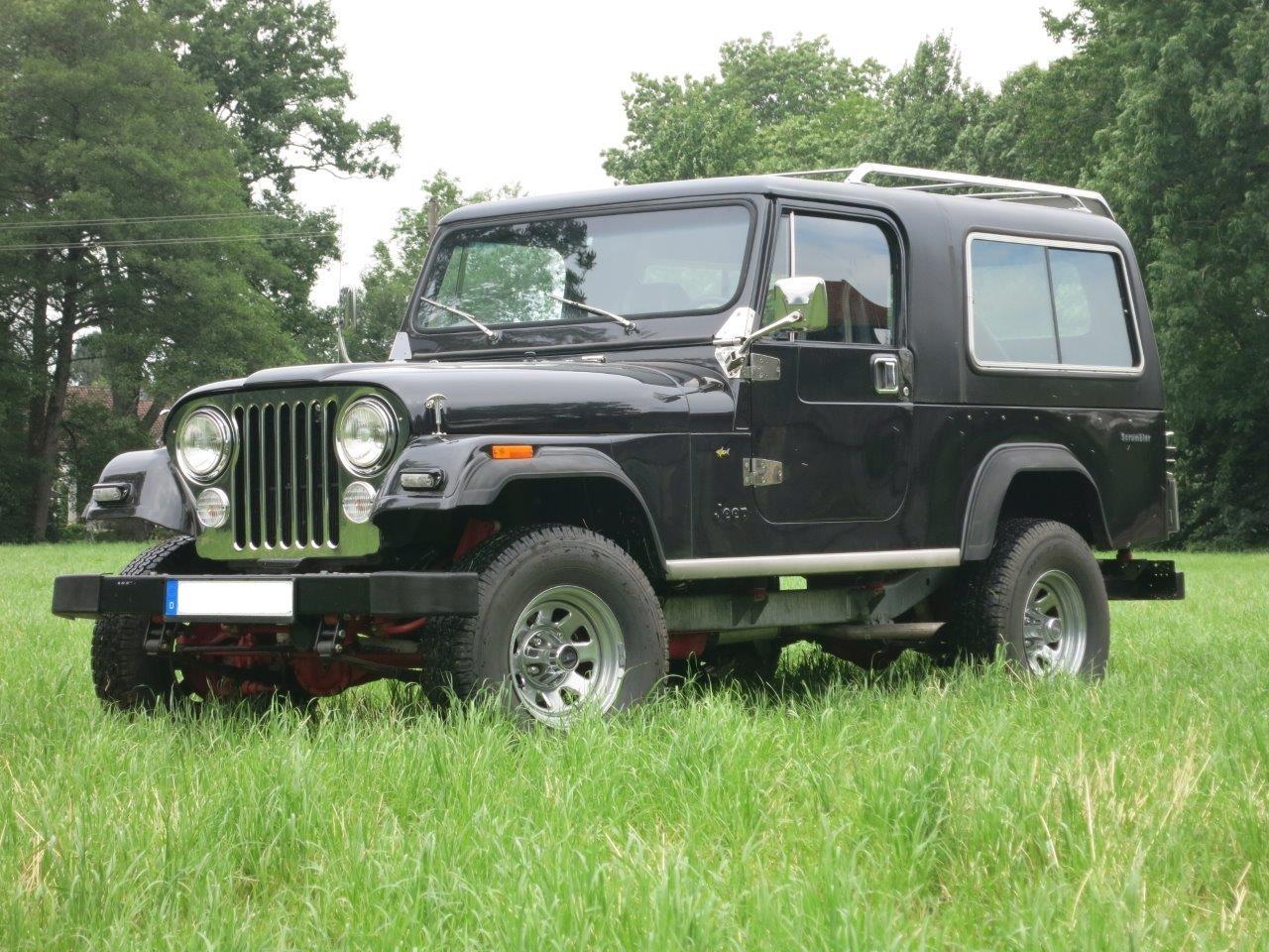Jeep CJ8 (3)