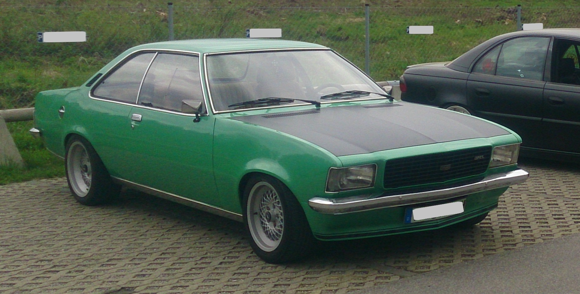 Opel Commodore (1)