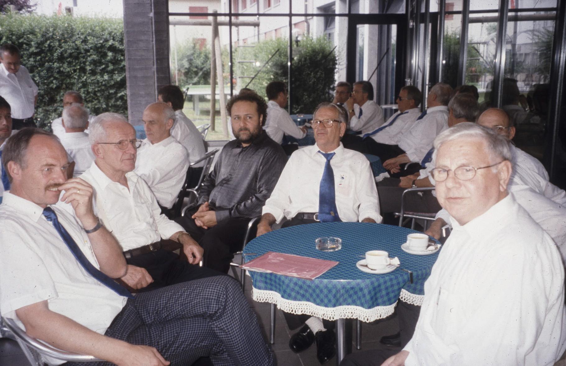 Ständchen im Antoniusheim Hurden 2000