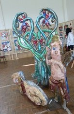 L'une des sculptures de l'Institut médico-éducatif