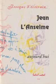 """Couverture de la Revue """"Fresque d'écrivain) : Jean L'Anselme écrit de la main gauche."""