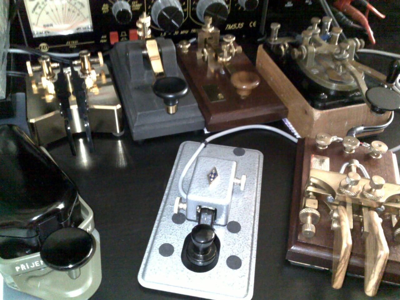 Piccola collezione di tasti telegrafici