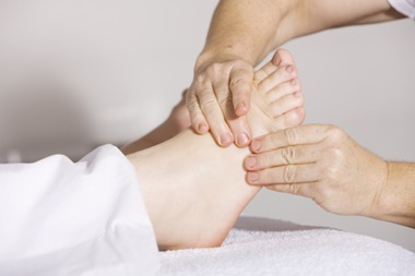 Manuelle Therapie am Fuß