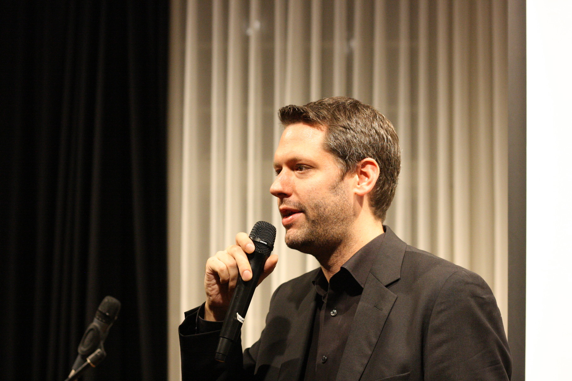 Jan-Eike Hornauer | Moderator des Abends | 2. Vorsitzender
