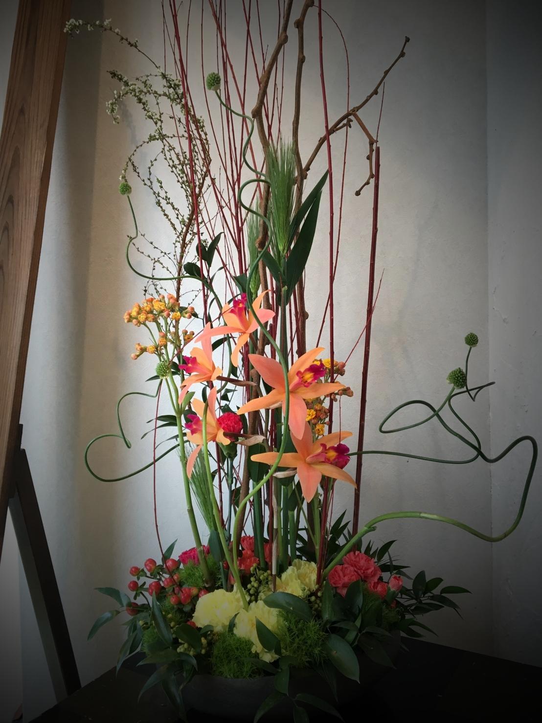 ウインドーのデスプレー装花