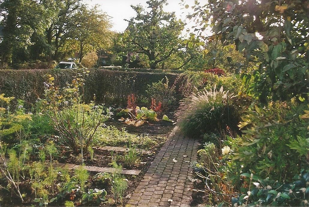 2014: Auch im Herbst ist so ein Garten idyllisch.