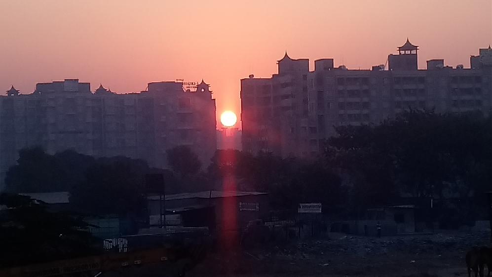 unzufriedene Frauen in Pune
