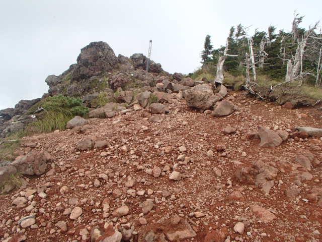 北八ヶ岳おすすめの茶臼山登頂と地獄谷探訪