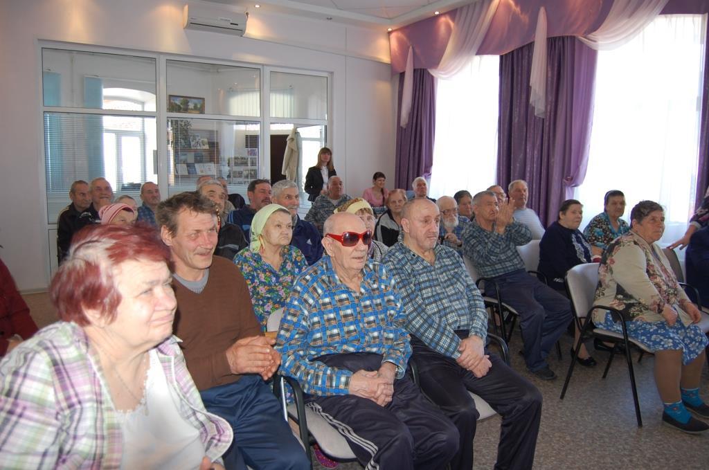 какую помощь оказывают в домах престарелых