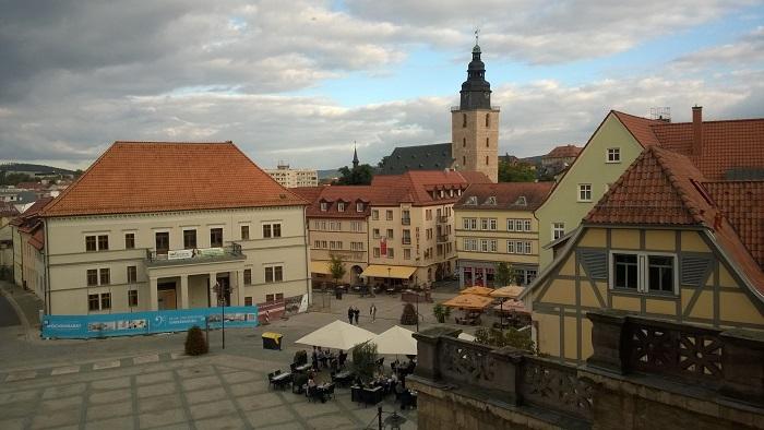 Heute leben etwas mehr als 21.000 Menschen in Sondershausen, zu Wezels Zeit waren es etwa 2.300.