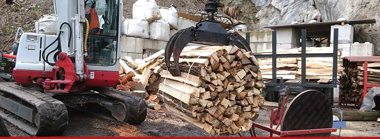 Holzarbeiten - Oberauer Baggerbetrieb