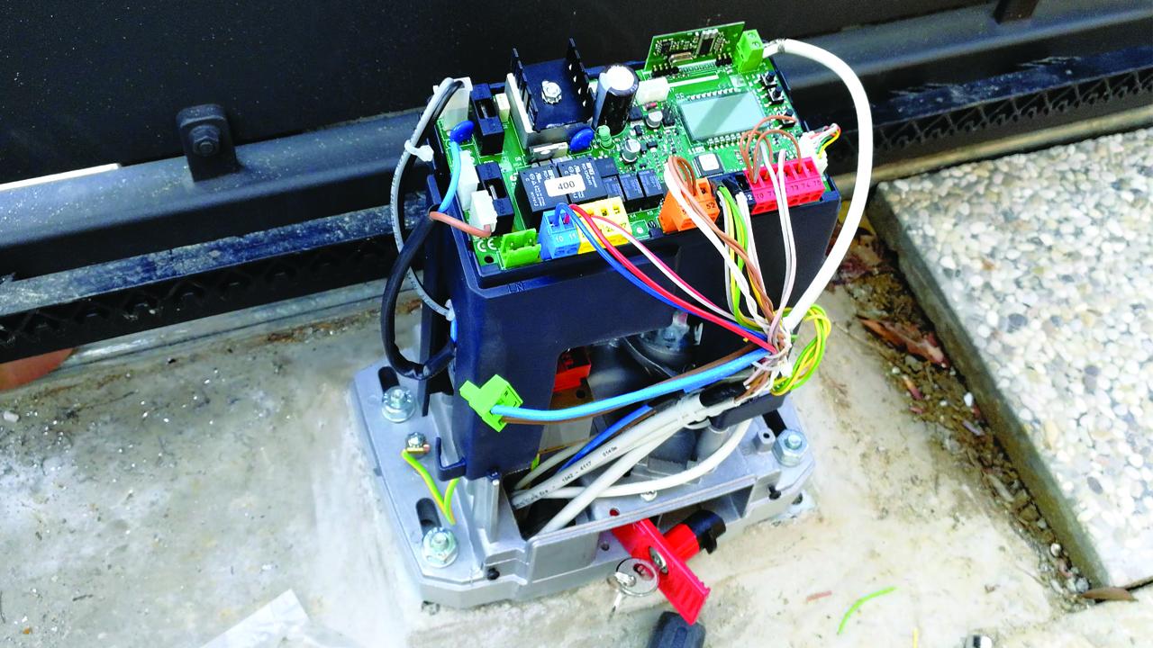Installazione cancello scorrevole automatico BFT a Cesena