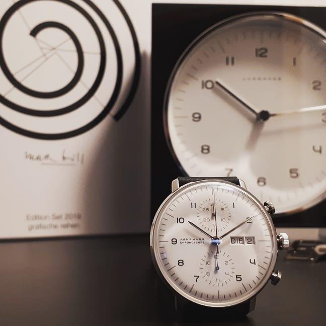 Uhren jeglicher Ausführung