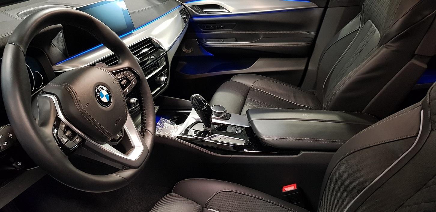 BMW série 6 Gran Turismo places avants sièges chauffants, ventilés & massants. Avec l'Ambient Air Package qui assure le rafraîchissement de l'air dans l'habitacle.