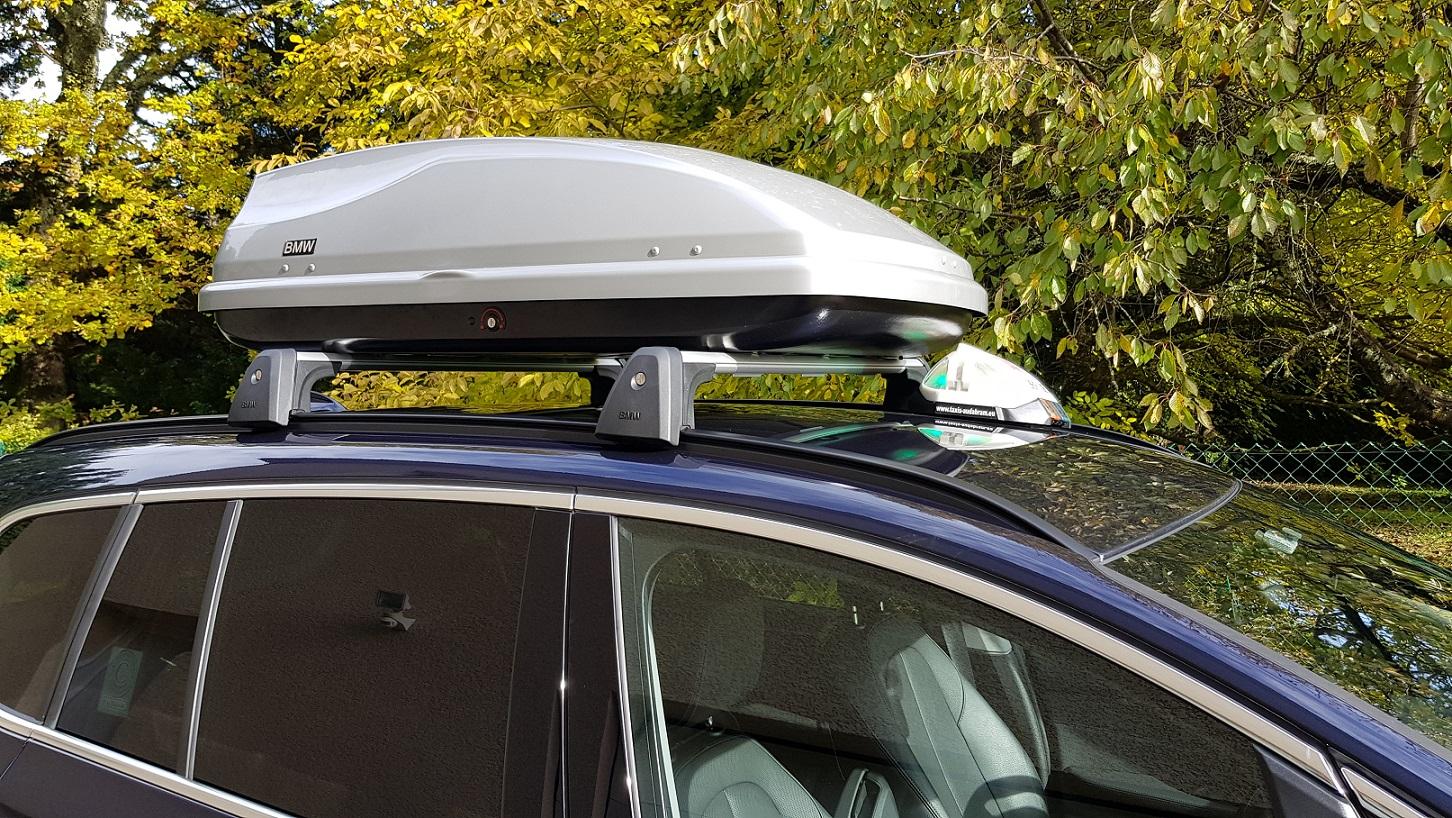 Coffre de toit positionable seulement sur BMW X3