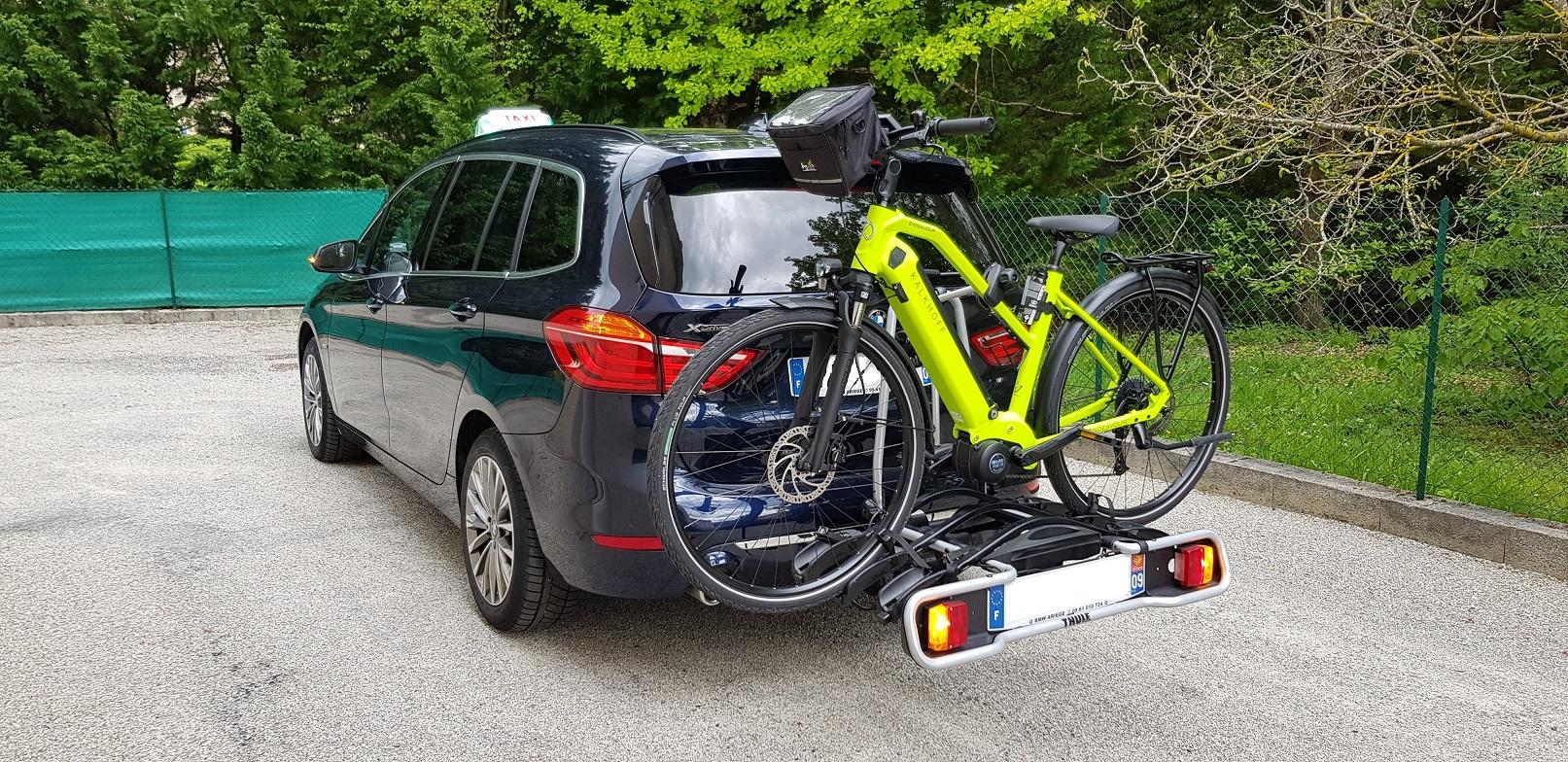Porte 3 vélos THULE adaptable uniquement sur BMW X3