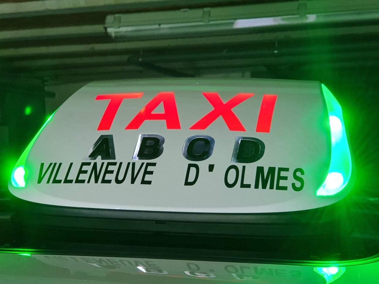 Lumineux en mode libre lumière verte commune Villeneuve d'Olmes