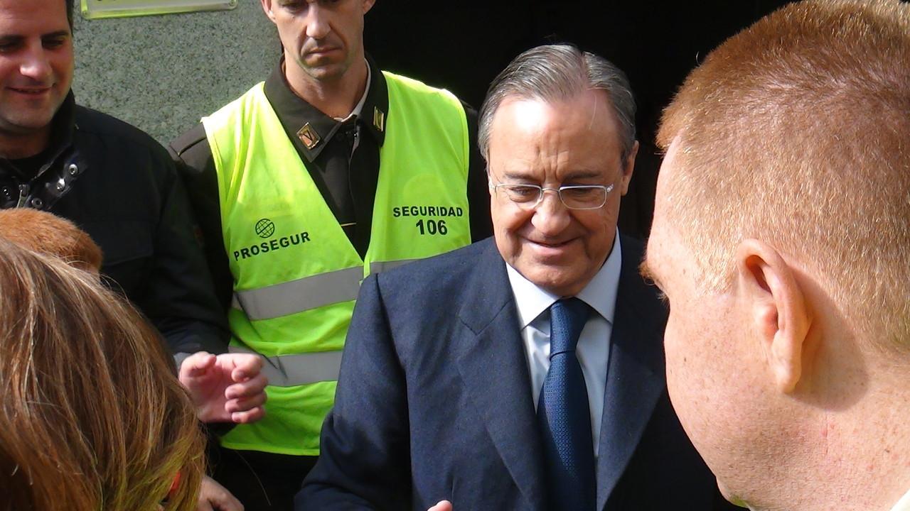 レアルマドリードの会長フロレンティーノ=ペレス!