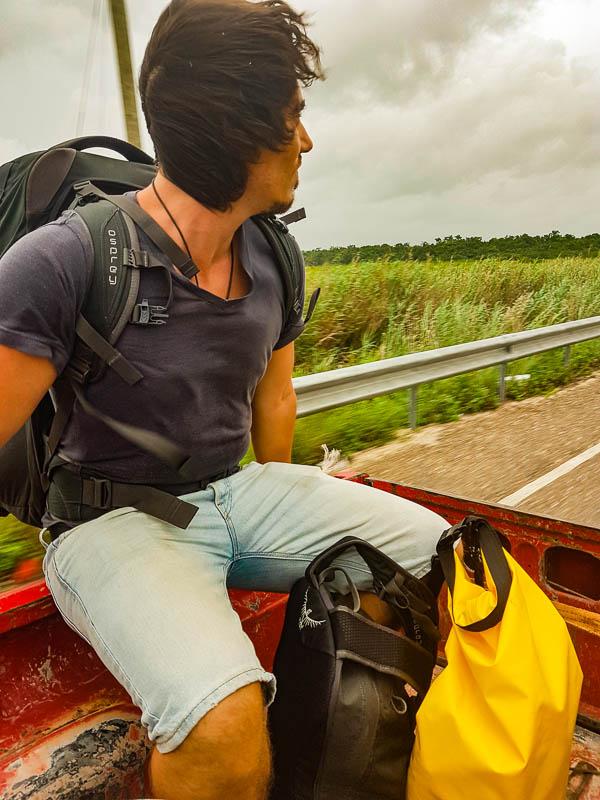 hitchhiking-anhalter-belize-reiseblog-camesawtravelled