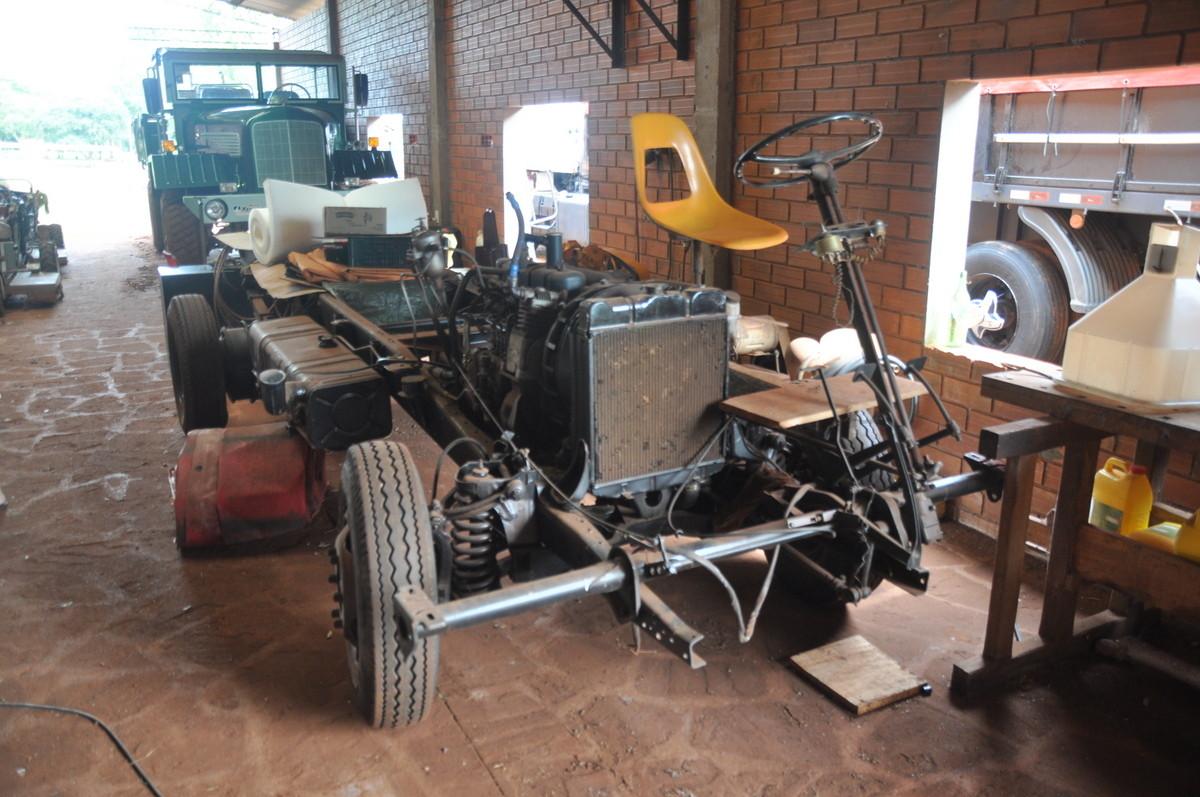 Viele schöne, alte Fahrzeuge in Paraguay