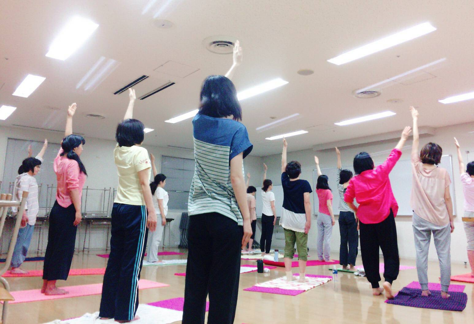 class:ナイトムーンヨガ