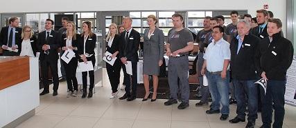 """BMW Vogl Mitarbeiter bei der Auszeichnung """"Bestes Autohaus"""""""