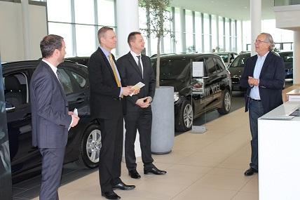 BMW Deutschlandchef mit BMW Vogl Inhaber Sebastian Vogl