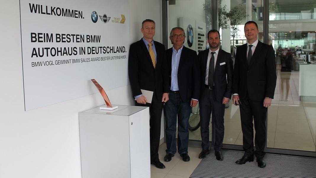 BMW Deutschlandchef zu Besuch bei BMW Vogl in Mühldorf