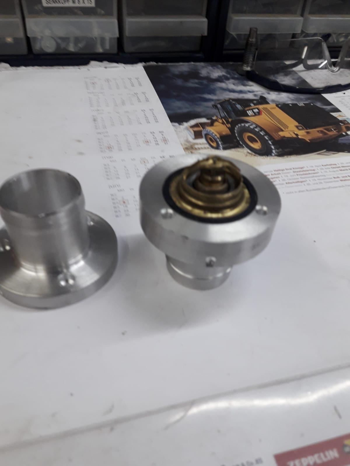 Eigenbau Thermostatgehäuse