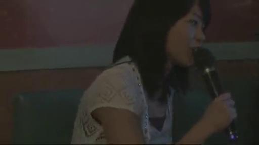 Karaoke ist eine große Leidenschaft von Akkyan
