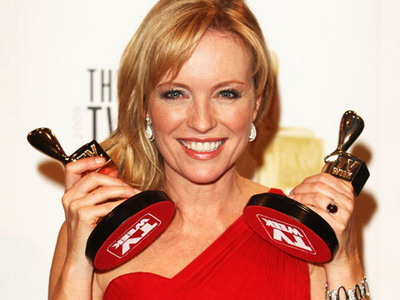 "In 2009 Rebecca won the Silver Logie for her role   in ""Packed to the Rafters"""
