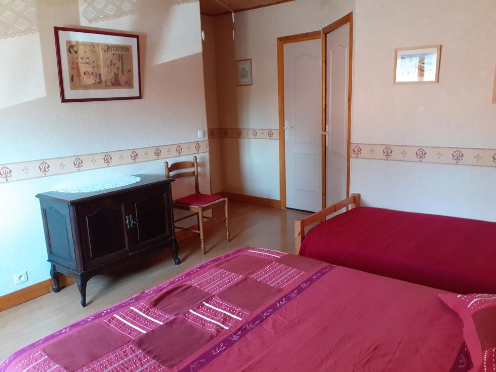 Chambre d'Hôtes des Lisières : autre vue de la chambre