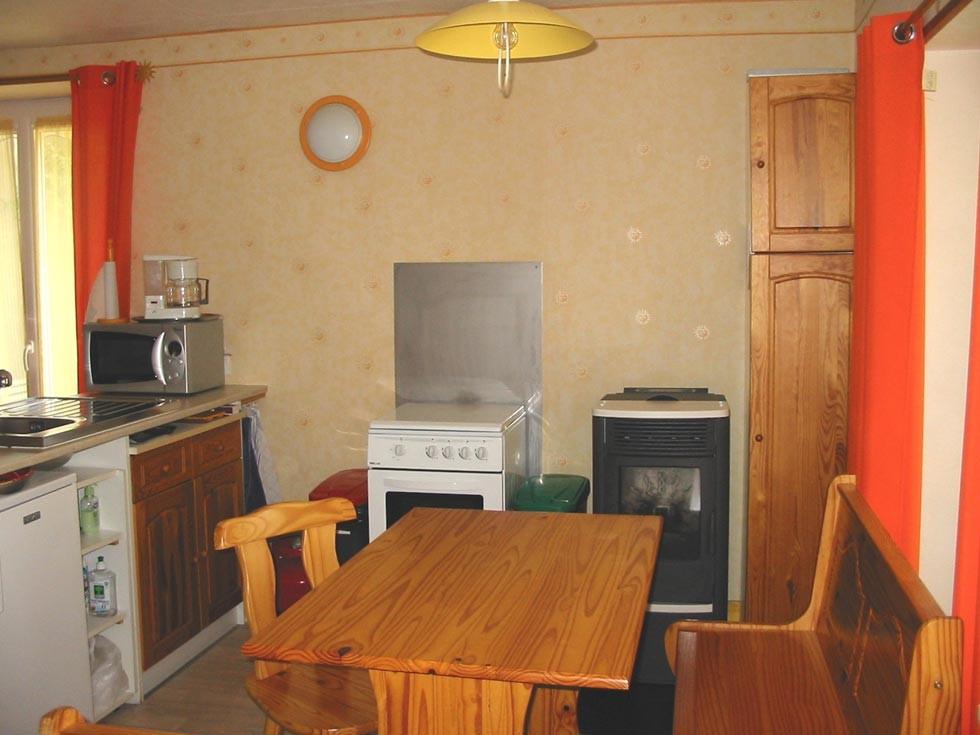 La Chambre d'Hôtes des Lisières : The kitchen