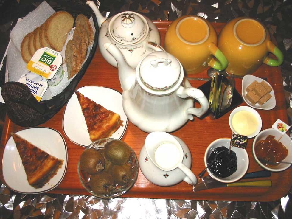Chambre d'Hôtes des Lisières : exemple de plateau déjeuner