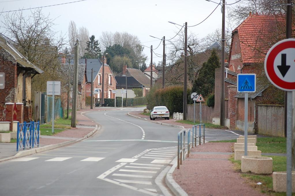 Rue Paul Baudoin.