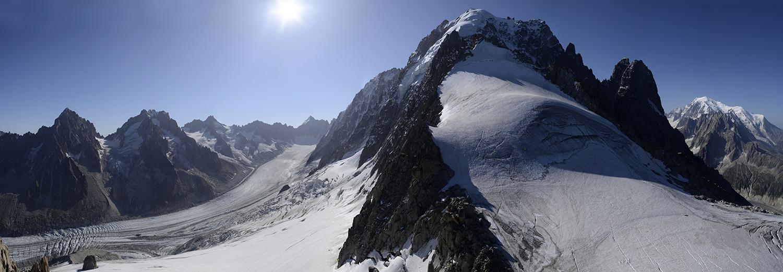 Haute-Savoie, Argentière (Aiguille des Grands Montets 3295m, glacier d'Argentière, Aiguille Verte, Petit Dru, Grand Dru & Mt Blanc)