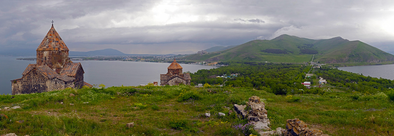 Lac Sevan, monastère