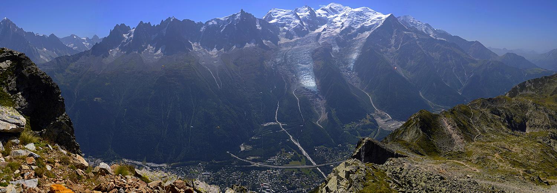 Haute-Savoie, le Brévent (vue sur le massif du Mont-Blanc)