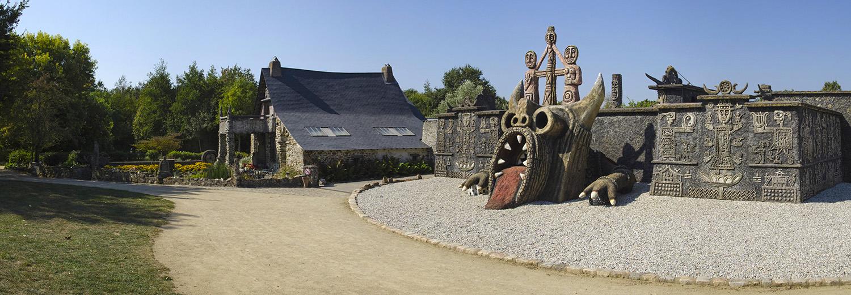 Cossé-le-Vivien, musée Robert Tatin