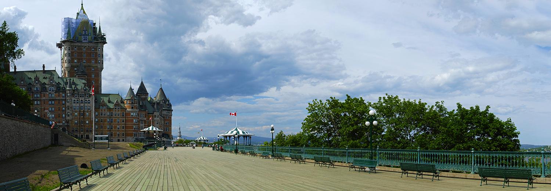 Québec, terrasse Dufferin & château Frontenac