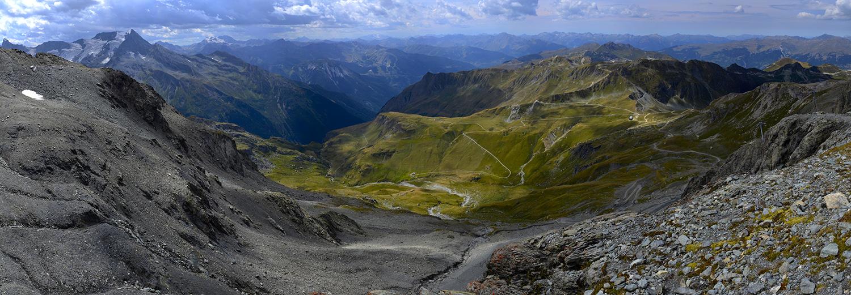 La Plagne, glacier de la Chiaupe, vue sur le Grand Bec, parc national des Ecrins, Belledonnes, parc régional des Bauges et les Aravis
