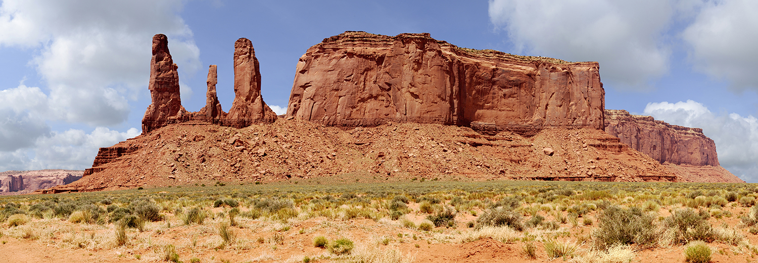 Monument Valley, the 3 sisters