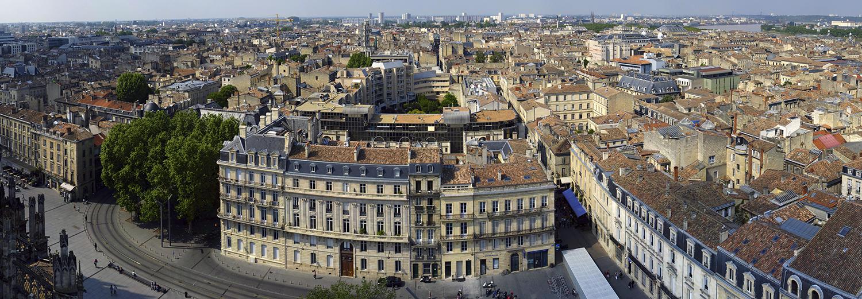 Bordeaux, vue Nord de la tour Pey-Berland