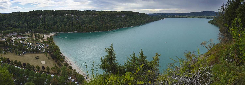Fontenu - Lac de Chalain vu du belvédère