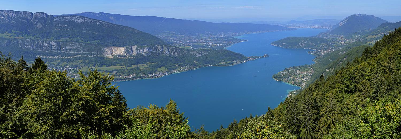 Haute-Savoie, Annecy (le lac vu du col de la Forclaz)